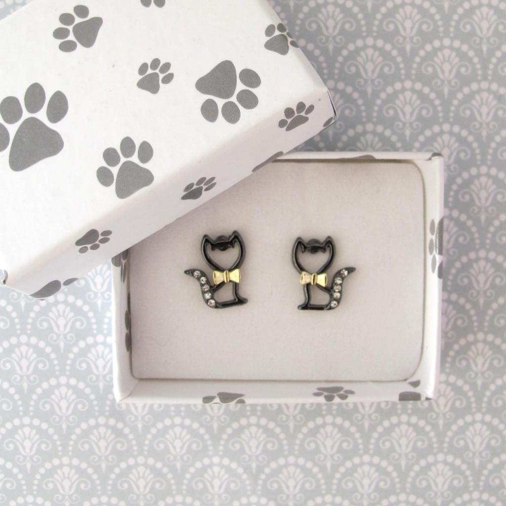 Cat ear rings