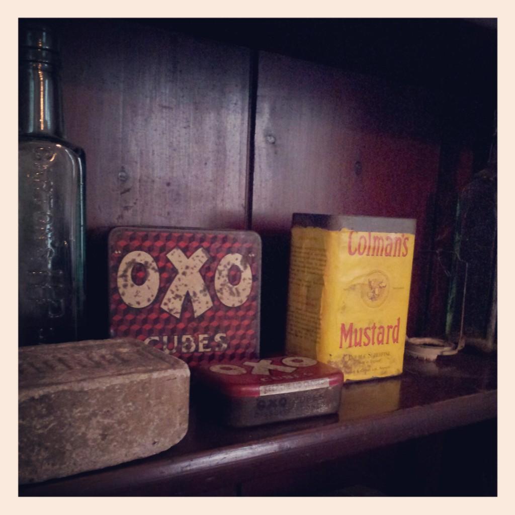 Vintage Oxo tin - MK Museum