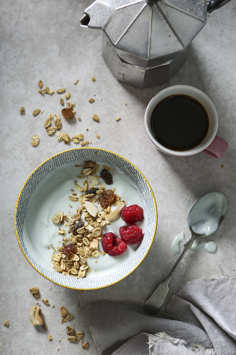 Smoothy Bowl with Granola and Raspberries | Stacy Grant | Food Photographer