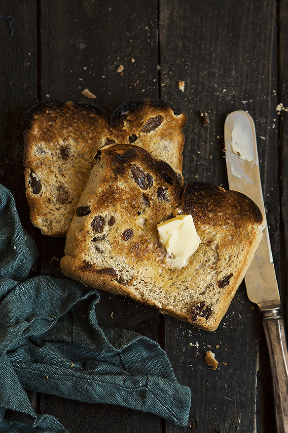 Hot Cross Bun Loaf | Stacy Grant | Food Photographe